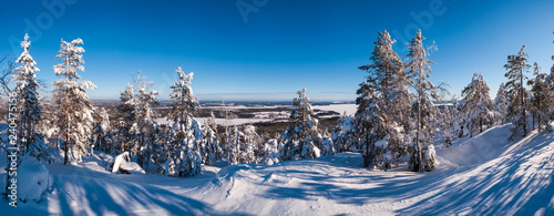 Photographie  Ski resort panorama snow covered landscape