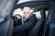 Woman Driving A Car - Female D...