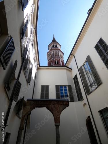 Fotografie, Obraz  San Gottardo en Corte o San Gottardo a Palazzo, es una iglesia en Milán, en el norte de Italia