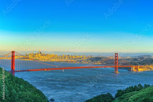 In de dag Verenigde Staten Panorama on San Francisco and the Gold Gate Bridge.