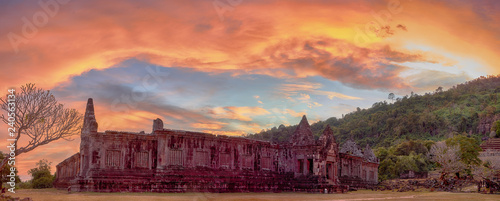 Spoed Foto op Canvas Koraal View on the south palace of the Vat Phou temple complex UNESCO World Heritage Site at sunset time