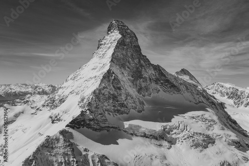 Платно Aerial view of majestic Matterhorn mountain in black and white