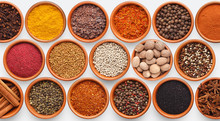 Different Kinds Of Spices On W...
