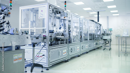 Fotomural  Shot of Sterile Precision Manufacturing Laboratory with 3D Printers, Super Computers and other Electrical Equipment and Machines suitable for Pharmaceutics, Biotechnology and Semiconductor Researches