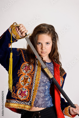 Foto  Spanish girl with saber