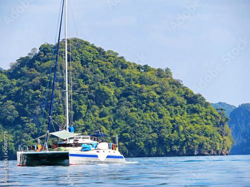 Tour with catamaran in Thailand, Krabi Fototapete