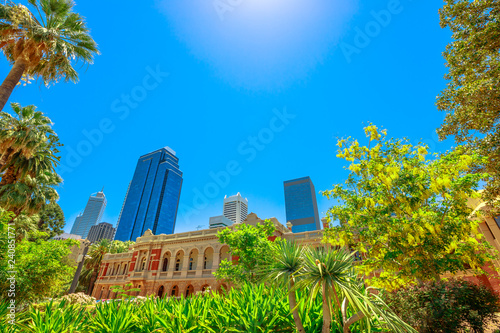 Spoed Foto op Canvas Oceanië Supreme Court Gardens with Supreme Court Building on background in Central Business District between Riverside Drive, Barrack Street and Governors Avenue, Perth, Western Australia. Copy Space.