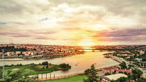 Leinwand Poster Panoramic view of Istanbul from Eyup-Pierre Loti point, Turkey