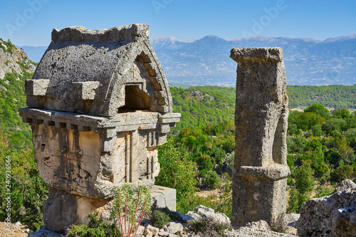 Photo Ancient Lycian Pillar Tomb in Pinara, Fethiye, Turkey