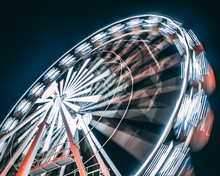 Motion Of Ferris Wheel At Night