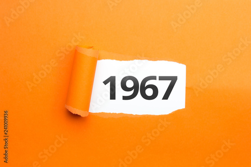 Fotografia  surprising Number / Year 1967 orange background