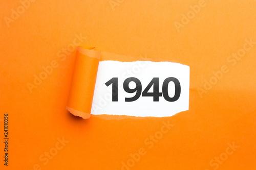 Fotografia  surprising Number / Year 1940 orange background