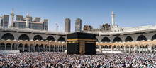 Muslims Gathered In Mecca Of T...