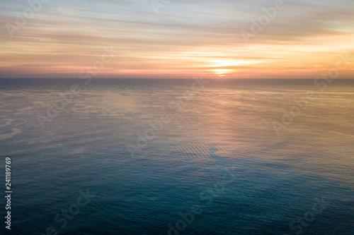 Poster Mer / Ocean Sunrise over the ocean