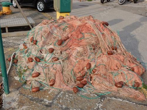 Foto op Canvas Poort Salerno - Reti di pescatori sul molo