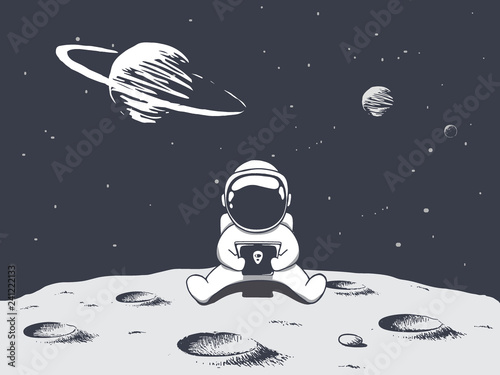 Photographie astronaut playing games on smartphone