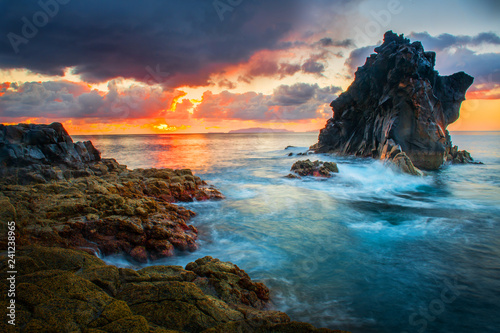 Foto auf Leinwand Blau Jeans Beautiful sunset at madeira island