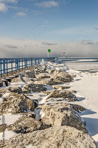 Fotografija  Lighthouse in Ludington in Winter