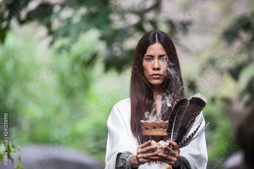 Obraz na plátně Native American Woman making a ritual