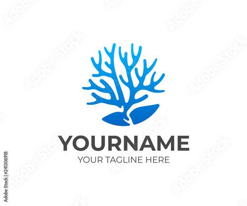 Naklejka premium Projektowanie logo rafy koralowej. Koral z kamieniem wektor wzór. Logotyp morski