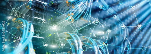 Fotografía  Telecommunication concept with abstract network structure and server room background