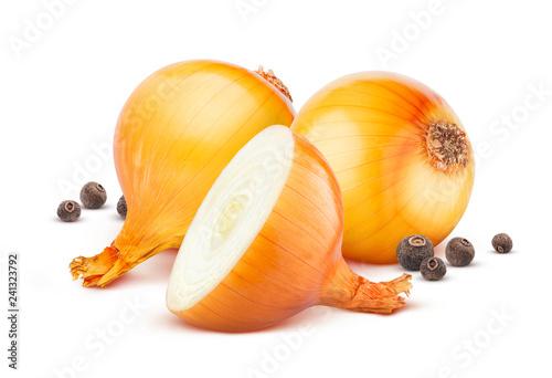 Fototapeta Onion and black pepper isolated on white background obraz