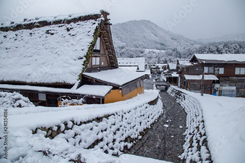Foto  Traditional House Gassho style one of UNESCO world heritage sites in Shirakawa-g