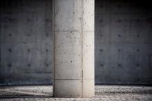コンクリートの柱