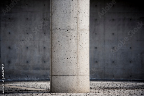 コンクリートの柱 Canvas Print