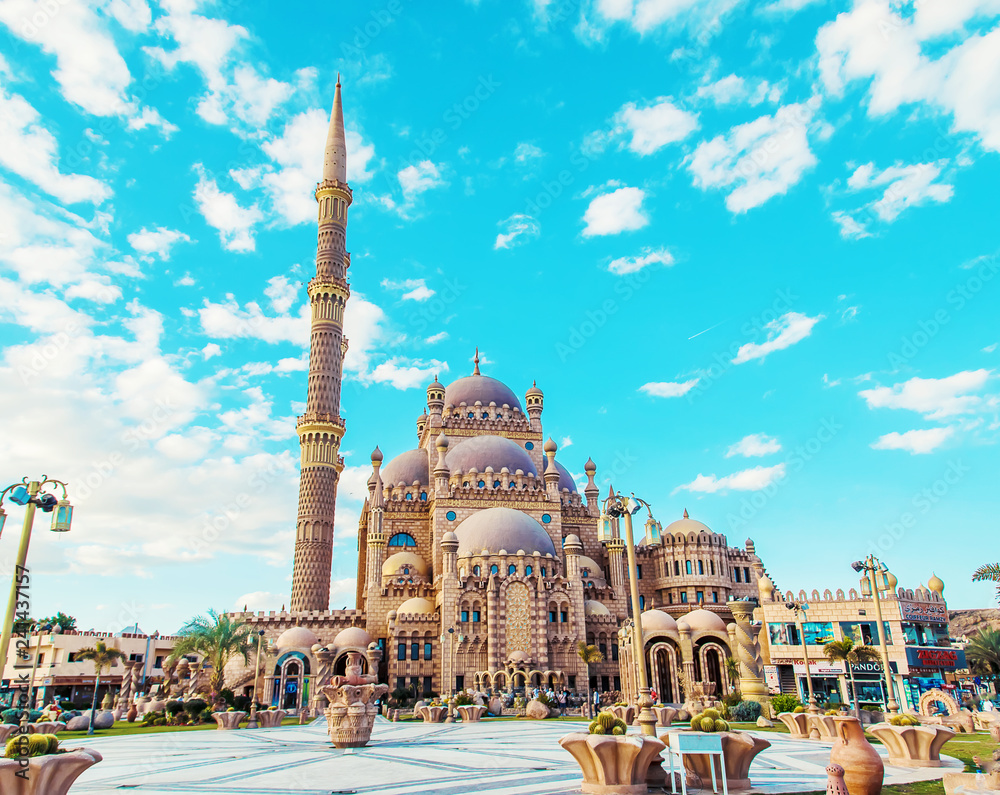 Fototapety, obrazy: big beautiful mosque sharm el-sheikh. Selective focus