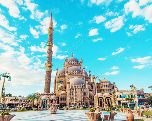 Photo  big beautiful mosque sharm el-sheikh. Selective focus