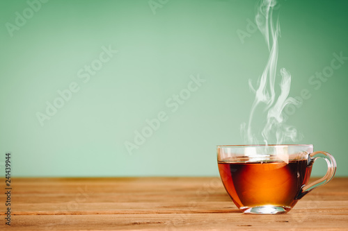 Cadres-photo bureau The cups of you hot and steaming, warm tones and space for text