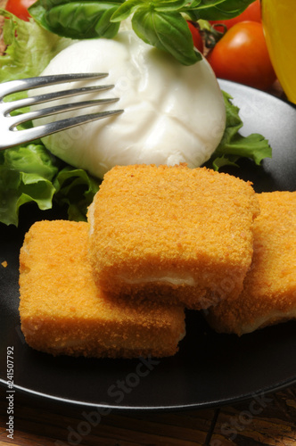 Mozzarella in carrozza Cucina italiana ft71059131 Italian cuisine