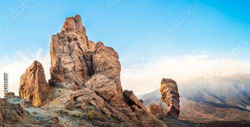 Fotografía  Landscape with Teide volcano in tenerife island, spain.