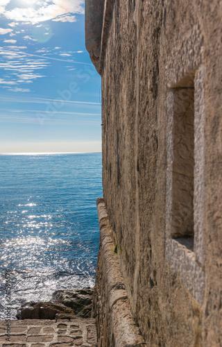 Il mare francese di Menton Tableau sur Toile