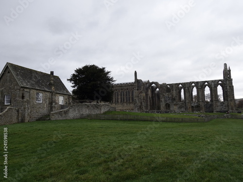 Photo view of Bolton Abbey