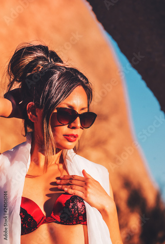 Fotografie, Obraz  Beautiful model wearing sunglasses.