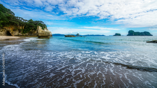 Foto op Canvas Cathedral Cove the cave of the cathedral cove beach,coromandel,new zealand 2