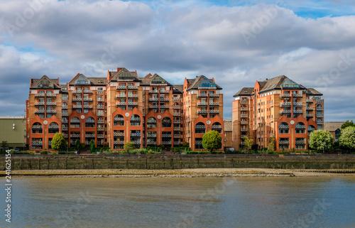 Fotografie, Obraz  Modern residence facing river Thames, in Sands End, Fulham, London