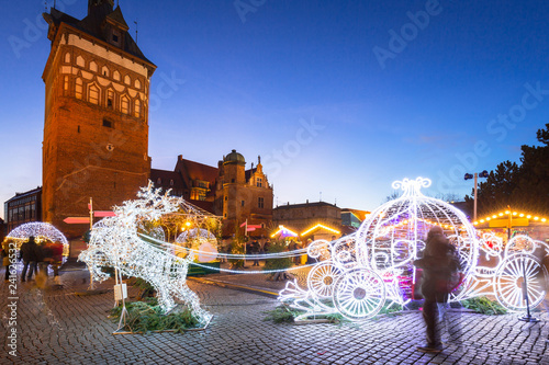 Staande foto Europese Plekken Architecture of the old town in Gdansk at dusk with christmas lights, Poland