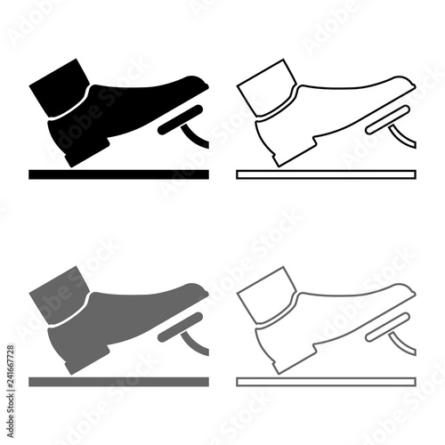 Photo Foot pushing the pedal gas pedal brake pedal auto service concept icon set grey