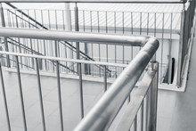 Brushed Stainless Steel Railing Banister Walking Way Ladder Fence For Safety Walk.
