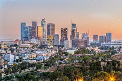 Naklejka na okno łazienkowe Panoramę Los Angeles o zachodzie słońca