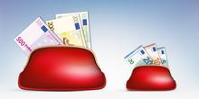 Concept Du Pouvoir D'achat En Opposant La Richesse à La Pauvreté, Avec La Différence Entre Un Porte-monnaie Rempli De Billets De 500 Euros Et Un Autre Avec Un Billet De 10 Euros.