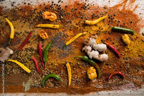 Foto op Canvas Aromatische Aromatic spices on wooden background