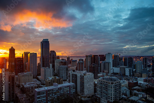 Fototapety, obrazy: Sunset over downtown of Seattle, WA