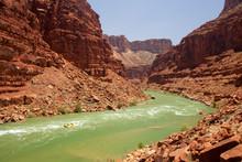 Rafting The Grand Canyon. Gran...