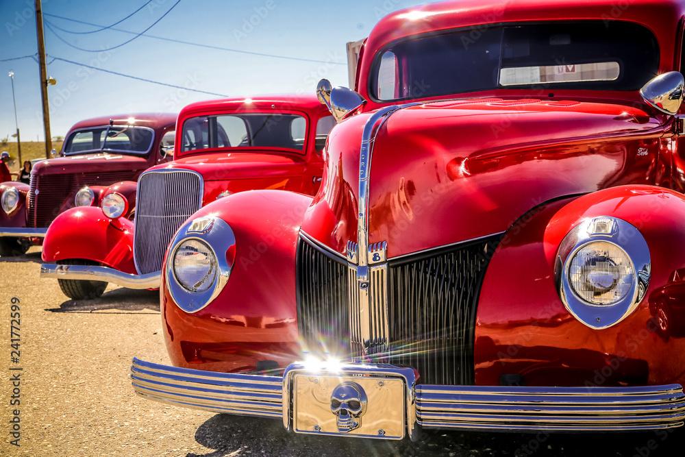 Fototapeta red classic car
