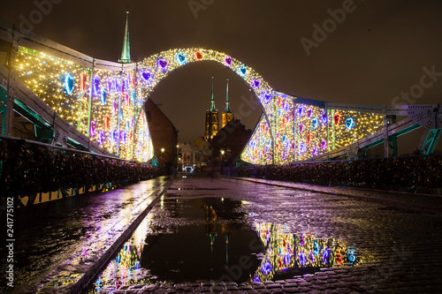 View of the cathedral at night in winter. Festive decorative lighting  © Lidia_Lo