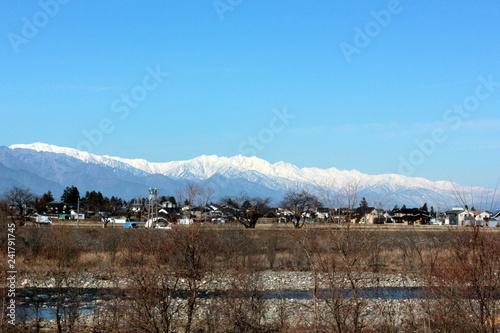 冬の安曇野と北アルプス